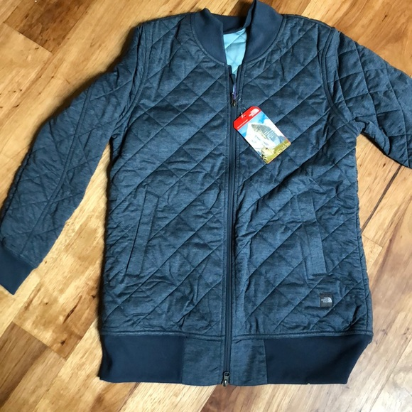743d4fc0ab19 North Face blue quilted bomber jacket women s med